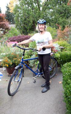 Brunton still pedaling around Bainbridge