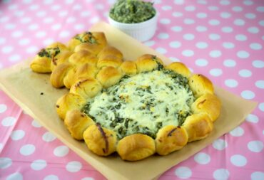 spinach dip rolls