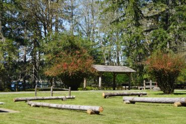 Jarrell Cove State Park grounds
