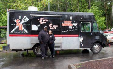 Smokin' Robinsons owners Mari and Al Robinson